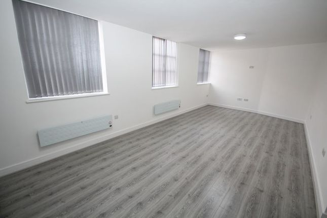 Thumbnail Flat to rent in Apt 7, Smith Street, Rochdale