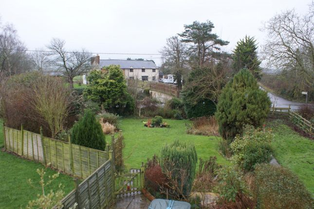 Thumbnail Cottage to rent in Peter Street, Frocester, Stroud