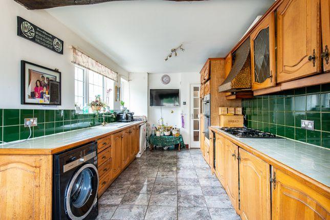 Thumbnail Detached house for sale in Mierscourt Road, Gillingham