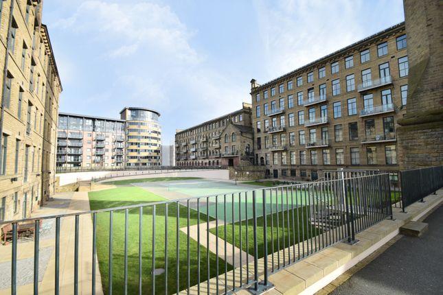 Thumbnail Flat to rent in Vm1, Victoria Mills, Shipley