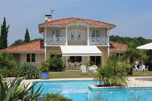 Property for sale in Aquitaine, Landes, Aire Sur L'adour