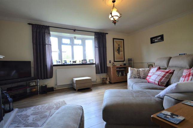 Lounge of Dorchester Road, Gravesend DA12