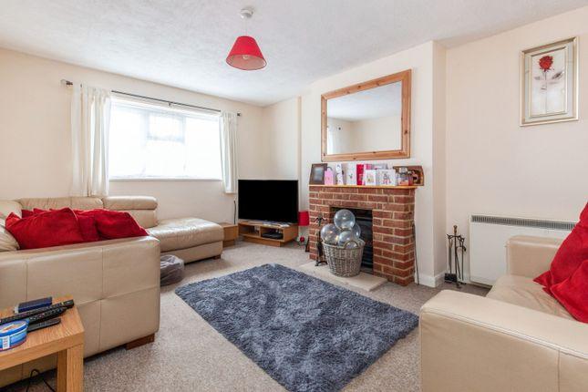 Thumbnail Maisonette to rent in Carew Court, Hawkswood Road, Hailsham