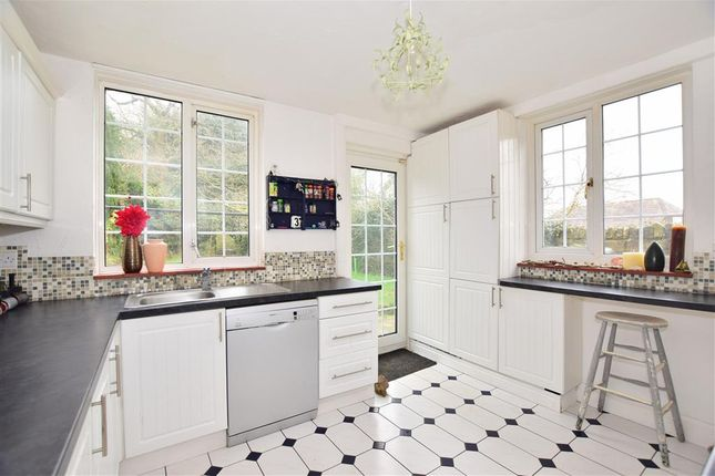 Thumbnail Detached house for sale in Cade Street, Heathfield, East Sussex