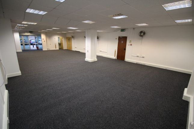Thumbnail Office to let in Essex House, Aintree