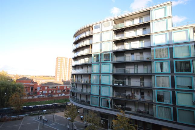 Thumbnail Flat to rent in Station Approach, Hayes, Middlesex