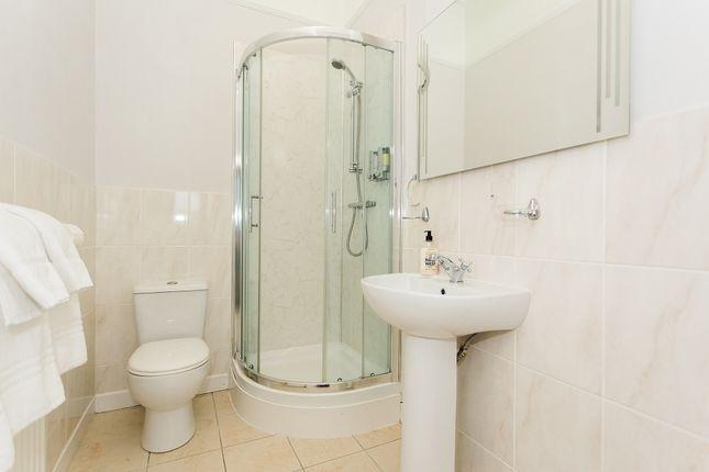 En-Suite Shower Room (Bedroom 1)
