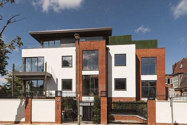 3 bed flat for sale in West Heath Drive, London NW11