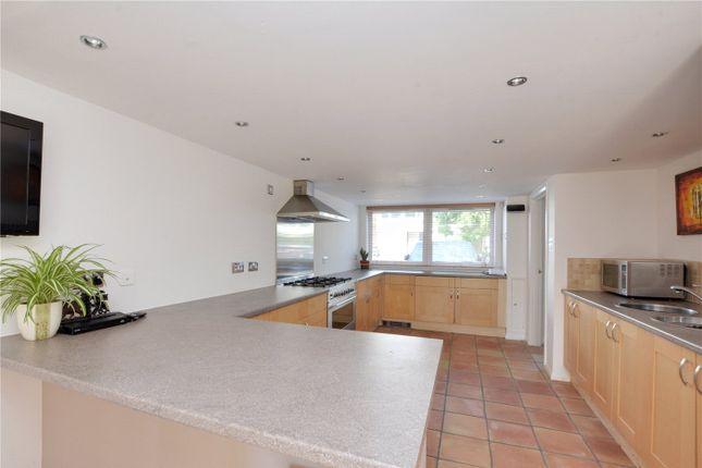 Picture No. 03 of Hatcliffe Close, Blackheath, London SE3