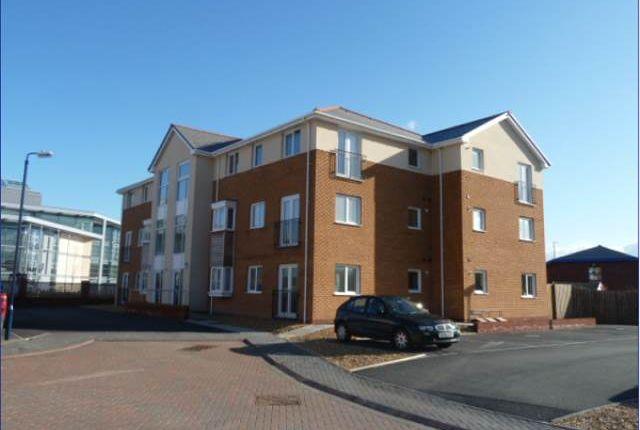 Thumbnail Flat to rent in Flat 1, Ty Rhos, Clos Gwilym, Llanbadarn Fawr