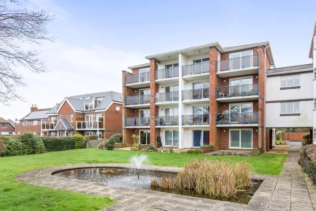 Thumbnail Flat for sale in 390 Sea Front, Hayling Island, Hampshire