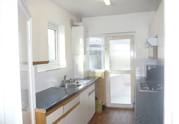 Thumbnail Semi-detached house to rent in Carlton Avenue, Feltham