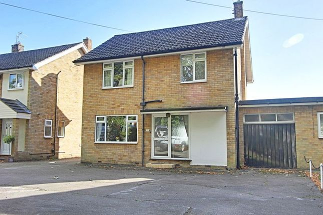 3 bed property for sale in South Street, Cottingham