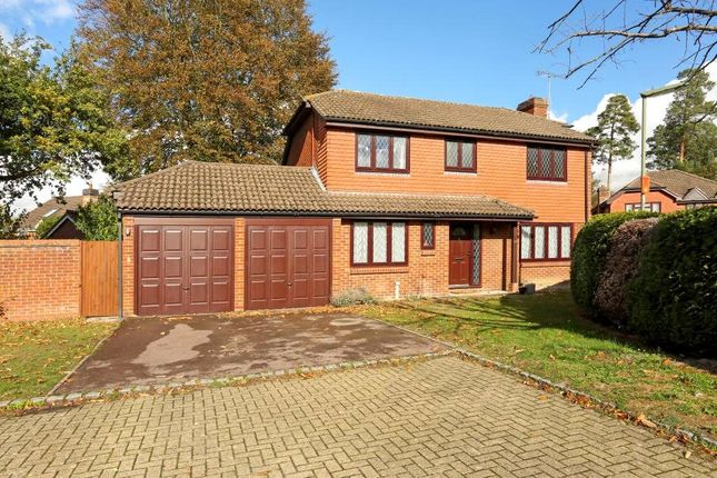 Thumbnail Detached house to rent in Cheylesmore Drive, Frimley, Surrey