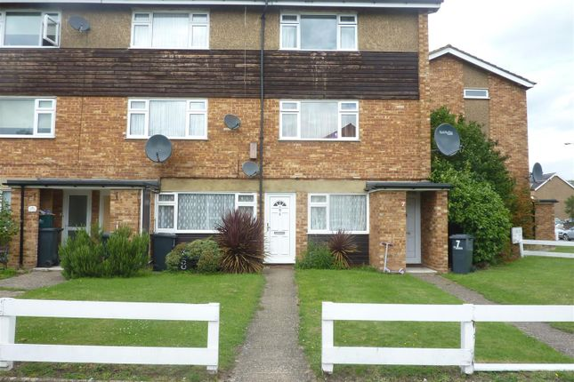 Thumbnail Maisonette to rent in Manor Ct Crossbrook Street, Cheshunt, Waltham Cross