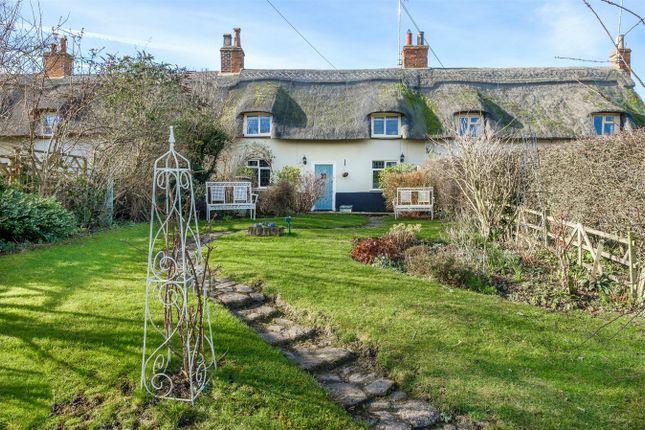 Thumbnail Cottage for sale in Park Road, Melchbourne, Bedford