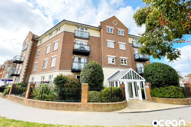 Thumbnail Flat to rent in Alexander Heights, Thorpe Bay