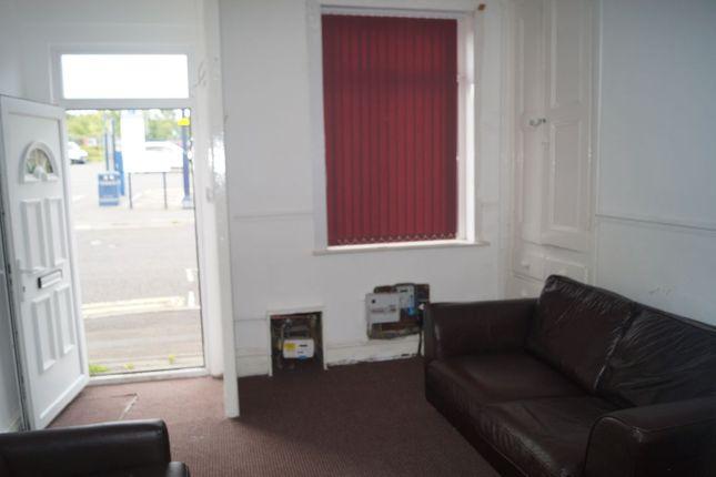 Thumbnail Terraced house to rent in Newton Street, Ashton-Under-Lyne