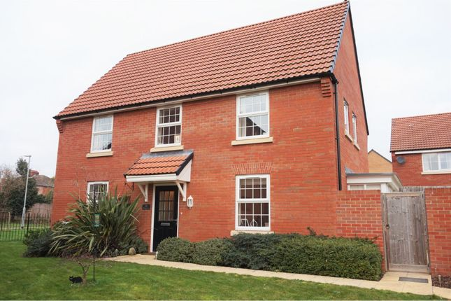 Thumbnail Detached house for sale in Walkers Rise, Taunton
