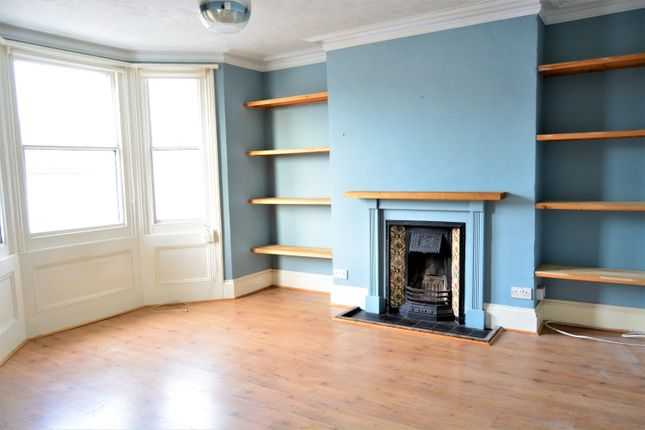 2 bed maisonette for sale in Warleigh Road, Brighton