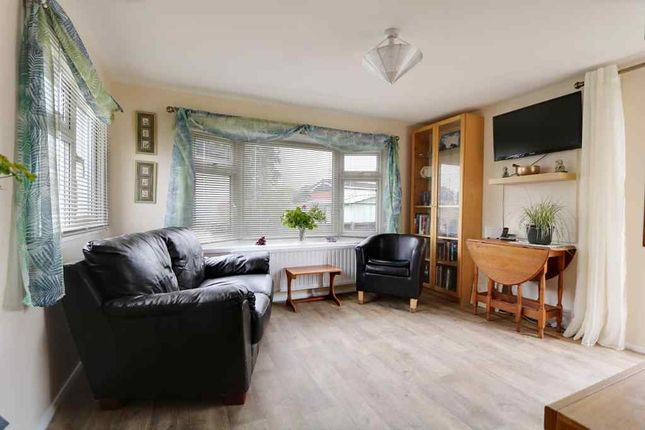 Thumbnail Mobile/park home for sale in The Close, Dome Caravan Park, Hockley