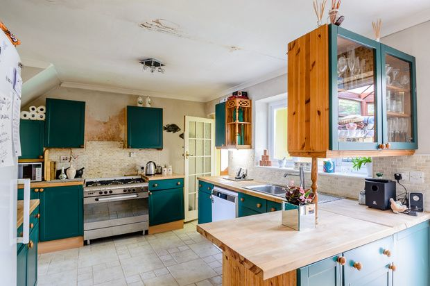 3 bed semi-detached house for sale in Armstrong Avenue, Woodford Green