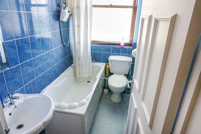 Bathroom of 24 West Avenue, Worthing BN11