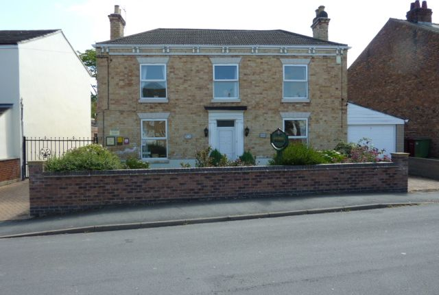 Thumbnail Hotel/guest house for sale in 16 Queen Street, Epworth