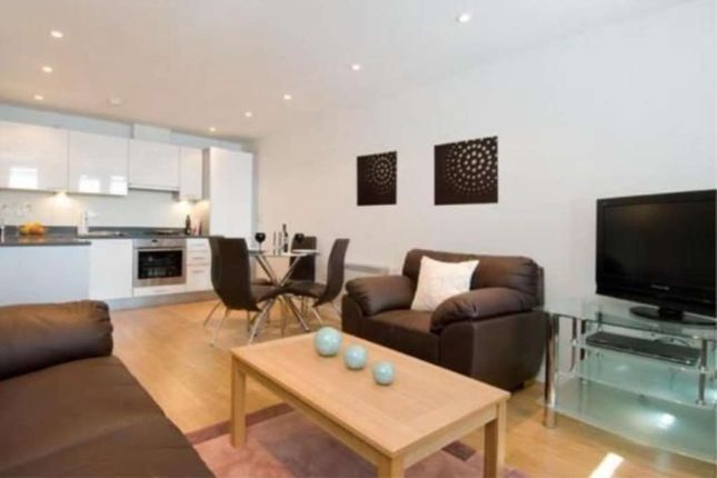 Thumbnail Flat to rent in Webber Street, Borough, London