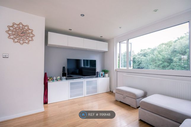 Thumbnail Flat to rent in Brent Lea, Brentford
