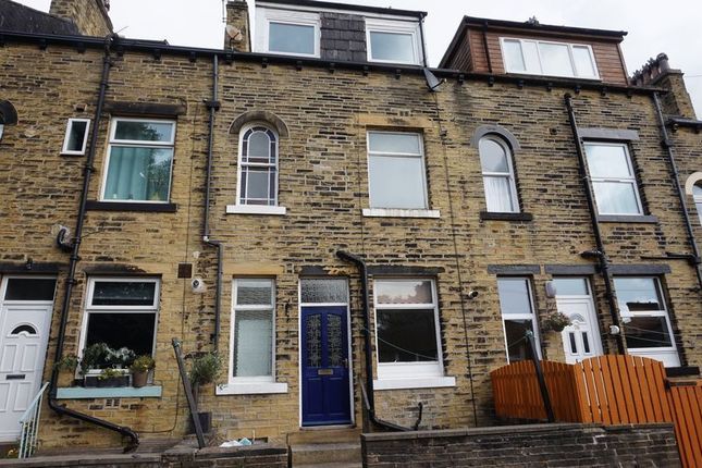 Thumbnail Terraced house to rent in Savile Parade, Halifax