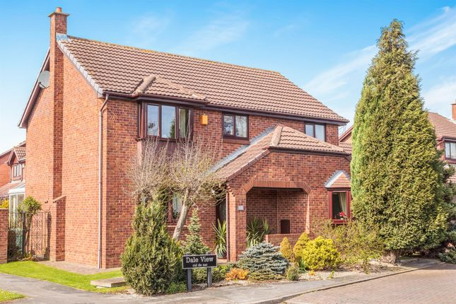 Thumbnail Detached house for sale in Dale View, Pontefract