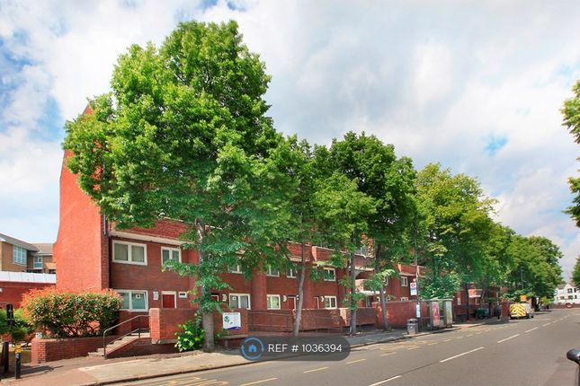 Thumbnail Flat to rent in Witchwood House, London