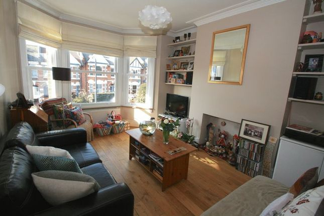 4 bed flat for sale in Ridley Road, London