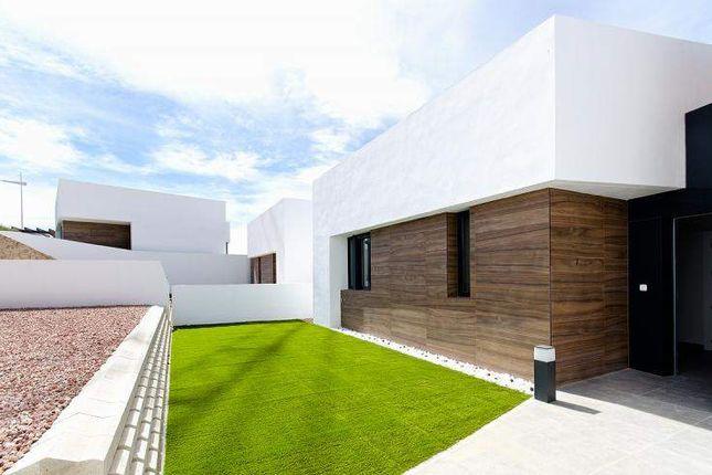 Thumbnail Villa for sale in La Finca Golf And Spa Resort, Alicante, Spain
