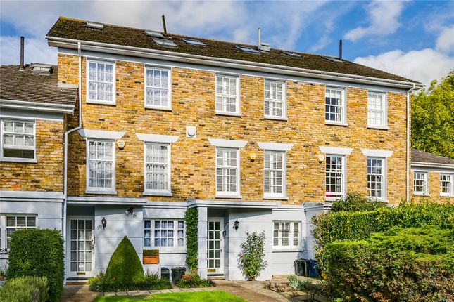 4 bed terraced house for sale in Chester Close, London