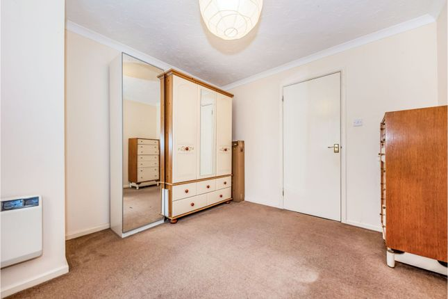 Bedroom of Carters Walk, Farnham GU9