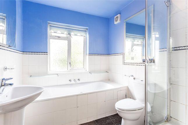 Bathroom of Maze Hill, Greenwich, London SE10