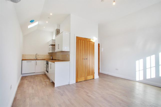 1 bed flat to rent in Swan Street, West Malling ME19