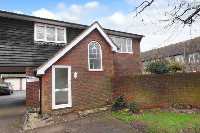 Thumbnail Flat to rent in Brookenbee Close, Rustington, Littlehampton