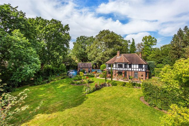 4 bed detached house for sale in Worplesdon, Guildford GU3