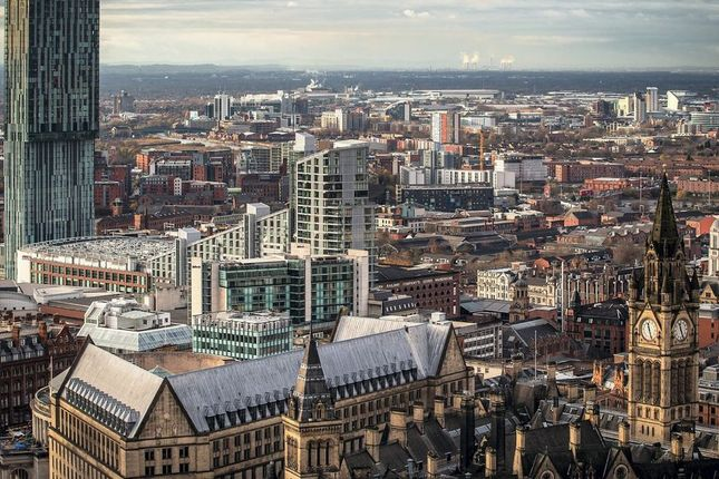 Flat for sale in Manchester, Manchester