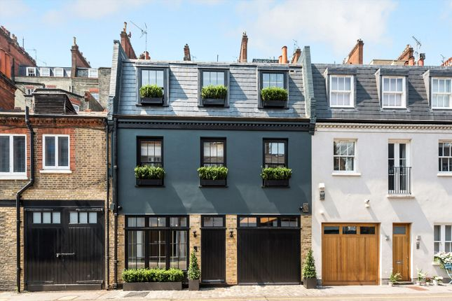 Thumbnail Terraced house to rent in Pavilion Road, London