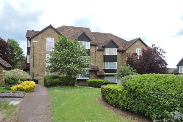 1 bed flat for sale in Knights Manor Way, Dartford