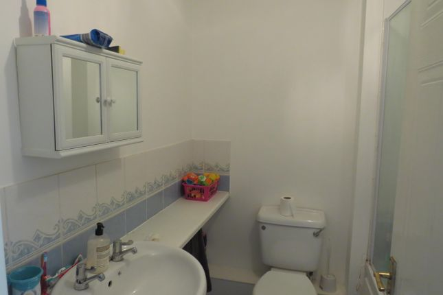 Bathroom of Padstow Drive, Stafford ST17