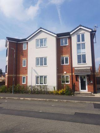 Thumbnail Flat to rent in Carmel Avenue, Salford