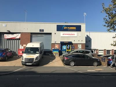 Thumbnail Light industrial to let in Hanover Trading Estate, Unit 4, 1-3 North Road, London