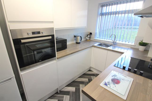 Thumbnail Property to rent in Dorchester Way, Coventry