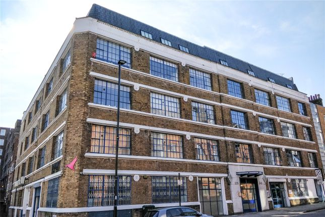 Thumbnail Flat for sale in Citybridge House, 235-245 Goswell Road, London