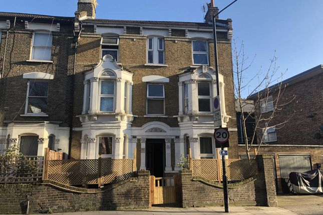 Thumbnail Property for sale in Agar Grove, London